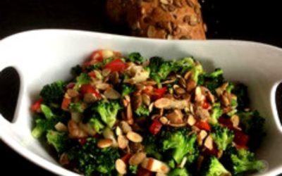 Brokkoli Salat mit Apfel