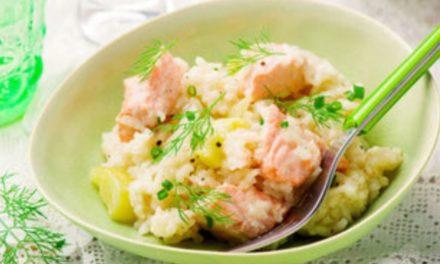 Lachsrisotto mit Zucchini